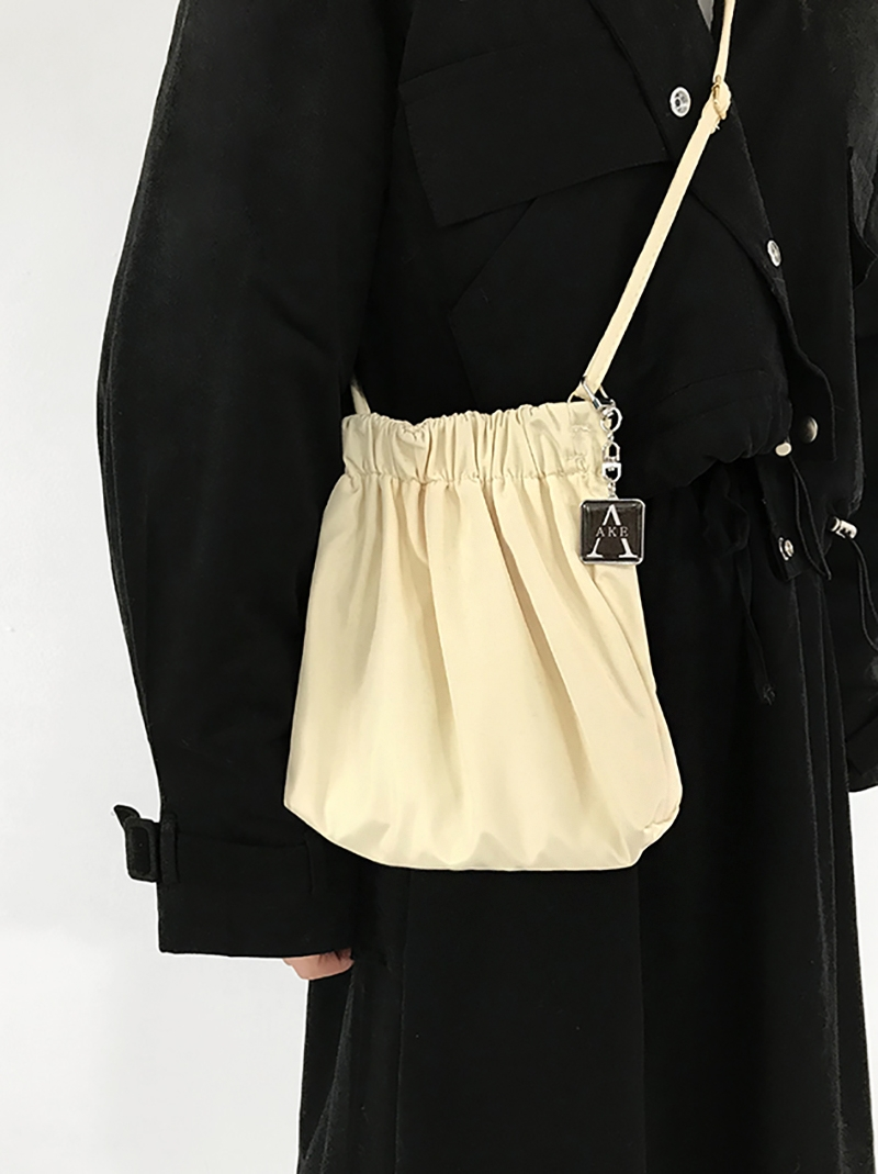 SNIBBLE CROSS BAG (ivory!)