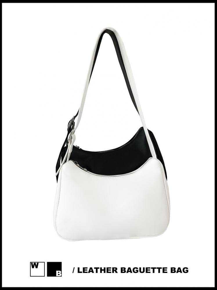 LEATHER BAGUETTE BAG (white/black!)