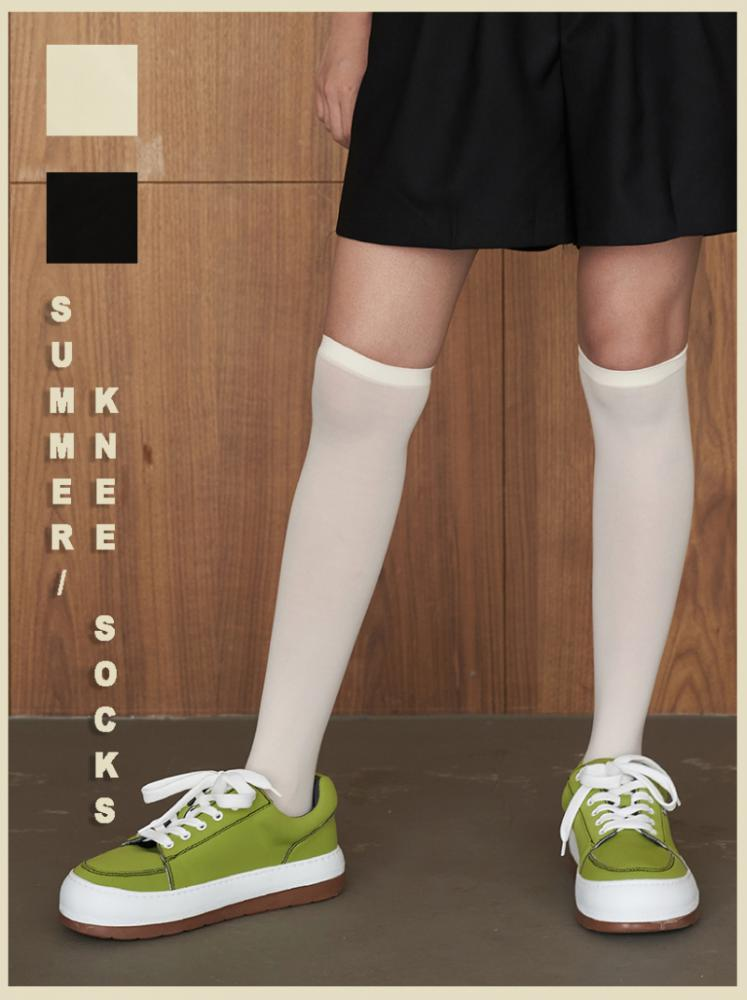 SUMMER KNEE SOCKS (ivory/black!)
